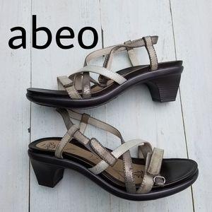 abeo Gloriana strappy sandal 9.5 narrow